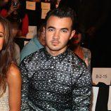 Kevin Jonas en el front row de la Semana de la Moda de Nueva York