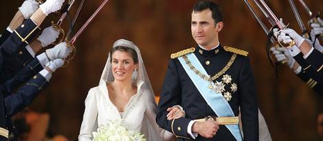 Los Príncipes Felipe y Letizia convertidos en marido y mujer