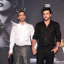 Marc Jacobs y Harry Louis en la presentación de la fragancia 'Fame'