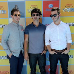 Los Jonas Brothers en los premios Power Of Youth 2012