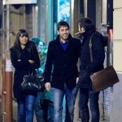 Cristina Pedroche y Dani Martínez paseando por Madrid