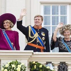 La Reina Beatriz y los Príncipes Guillermo y Máxima en la apertura del Parlamento de Holanda