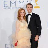 James Van Der Beek y su mujer en los Emmy 2012