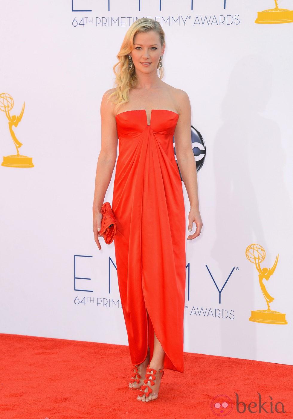 Gretchen Mol en los Premios Emmy 2012