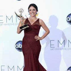 Julie Louis-Dreyfus, feliz con su Emmy 2012