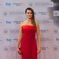 Penélope Cruz en el estreno de 'Volver a nacer' en el Festival de San Sebastián 2012