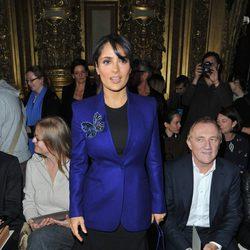 Salma Hayek en el desfile de Stella McCartney en la Semana de la Moda de París