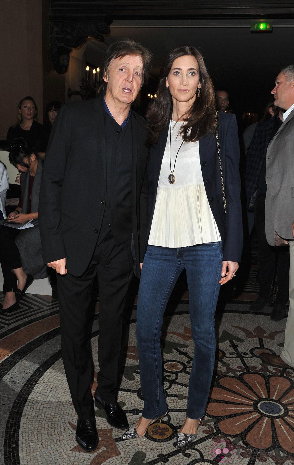 Paul McCartney y Nancy Shevell en la Semana de la Moda de París primavera/verano 2013