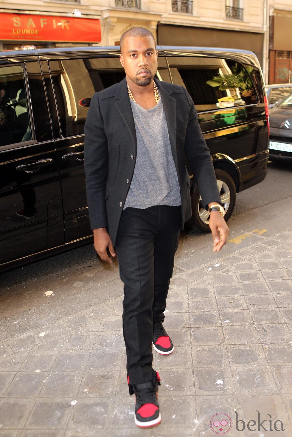 Kanye West en una cena de apoyo a la campaña de Barack Obama en París