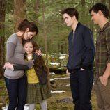 Los personajes de Bella, Renesme, Edward y Jacob en 'Amanecer.Parte 2'