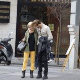 Soraya Arnelas y Miguel Herrera, muy cariñosos durante un paseo por Madrid