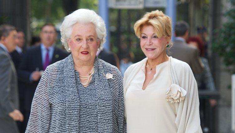 La Infanta Pilar y Carmen Cervera en el 20 aniversario del Museo Thyssen