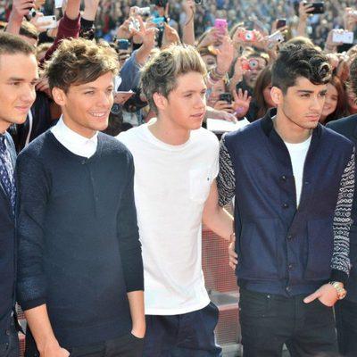 One Direction en la llegada a los Teen Awards 2012