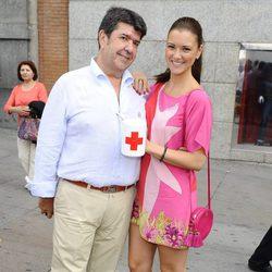 María Jesús Ruiz y su novio José María Gil el Día de la Banderita 2012