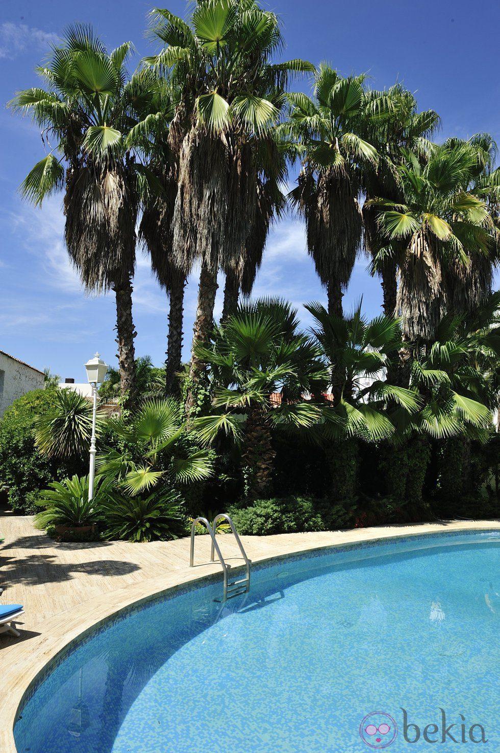 La piscina y el jardín de la casa del programa de MTV España 'Gandía Shore'