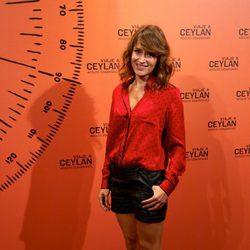 Marta Larralde en la presentación de un perfume con Eduardo Noriega como imagen