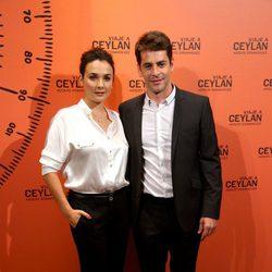 Adriana Domínguez y Eduardo Noruega en la presentación de un perfume
