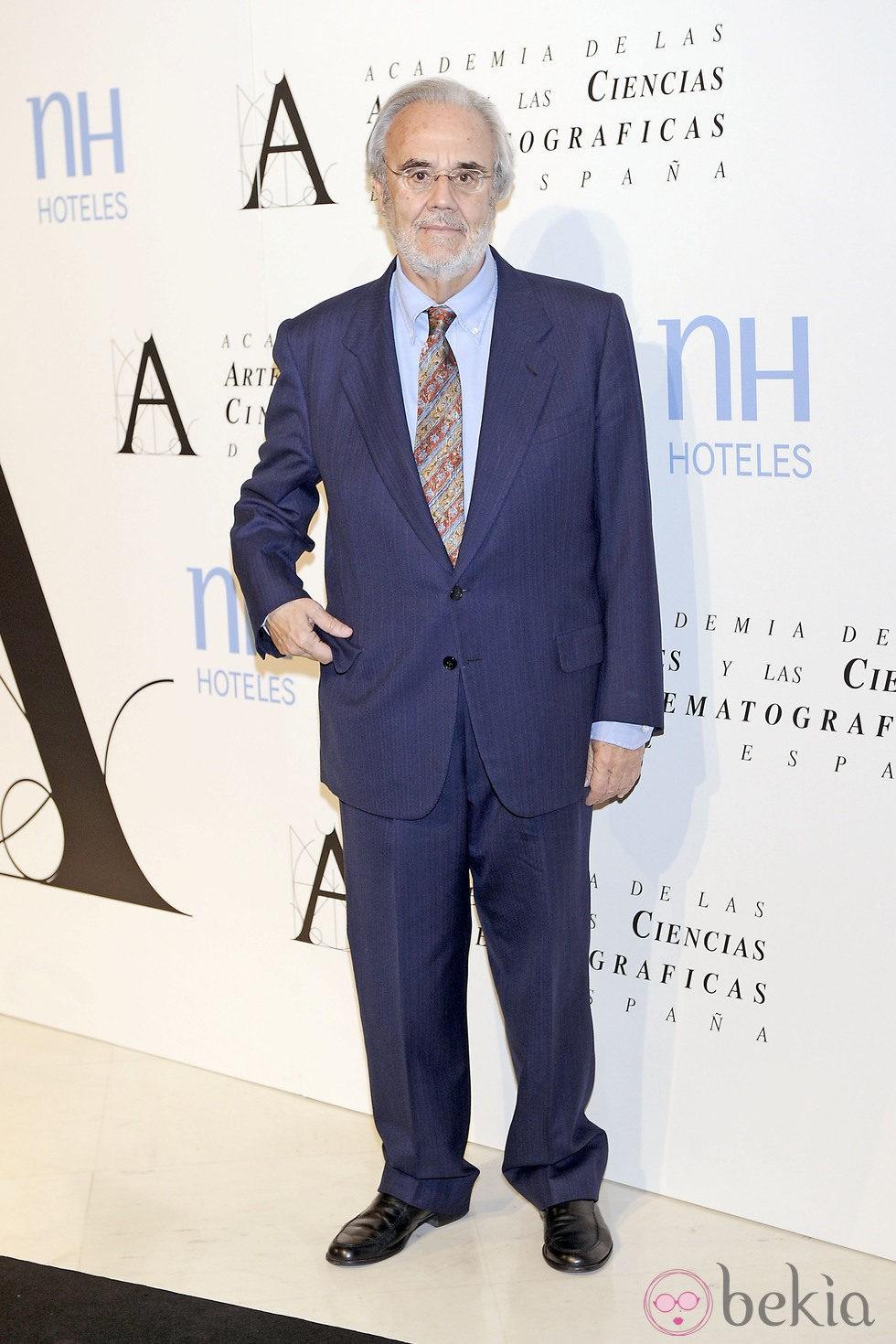 Manuel Gutiérrez Aragón en la entrega de la Medalla de Oro de la Academia de Cine 2012