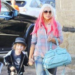 Christina Aguilera y su hijo Max Bratman