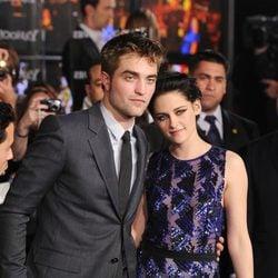 Robert Pattinson y Kristen Stewart en la preimière de 'Amanecer. Parte 1'