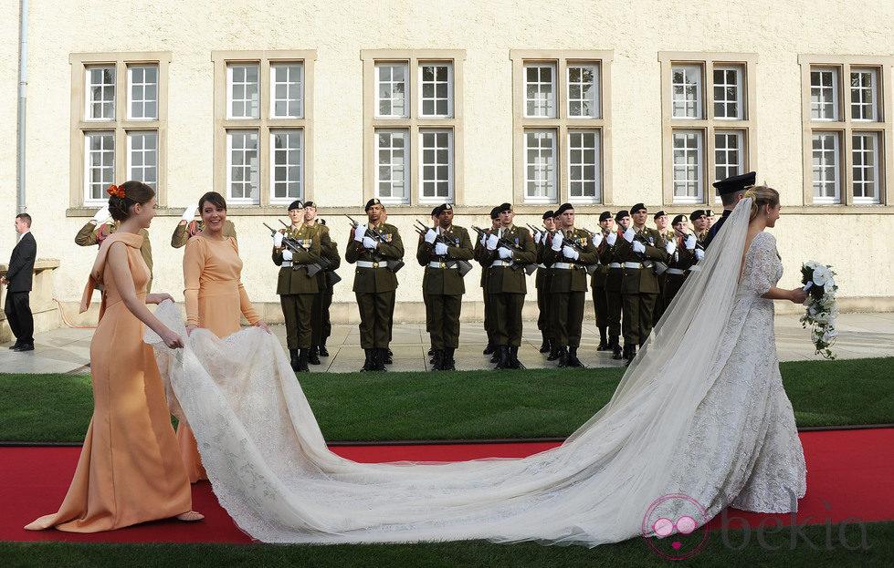 Cola del vestido de Stéphanie de Lannoy en su boda con Guillermo de Luxemburgo