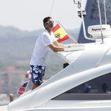 Iñaki Urdangarín observa las regatas de la Copa del Rey de Vela 2011 desde 'Somni'