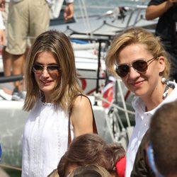 La Princesa Letizia, la Infanta Cristina e Irene Urdangarín en el segundo día de regatas 2011