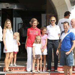 La Reina, los Príncipes, las Infantas Leonor, Sofía y Cristina y Victoria Federica en las regatas 2011
