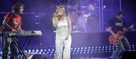 Amaia Montero cantando en un concierto de 'La Oreja de Van Gogh'
