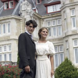 Amaia Salamanca y Yon González, pareja protagonista de 'Gran Hotel'