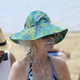 La Duquesa de Alba muy conjuntada en Ibiza