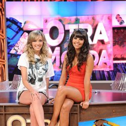 Anna Simón y Cristina Pedroche en la presentación de 'Otra movida'