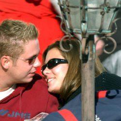 Carlota Casiraghi muy cariñosa con su primer novio en 2002