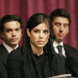 Carlota Casiraghi en el funeral de Rainiero de Mónaco en 2005