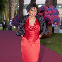 Shirley Bassey en el Baile de la Cruz Roja
