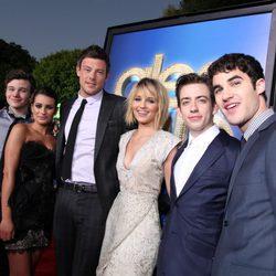 El elenco de la serie 'Glee' en el estreno de la película