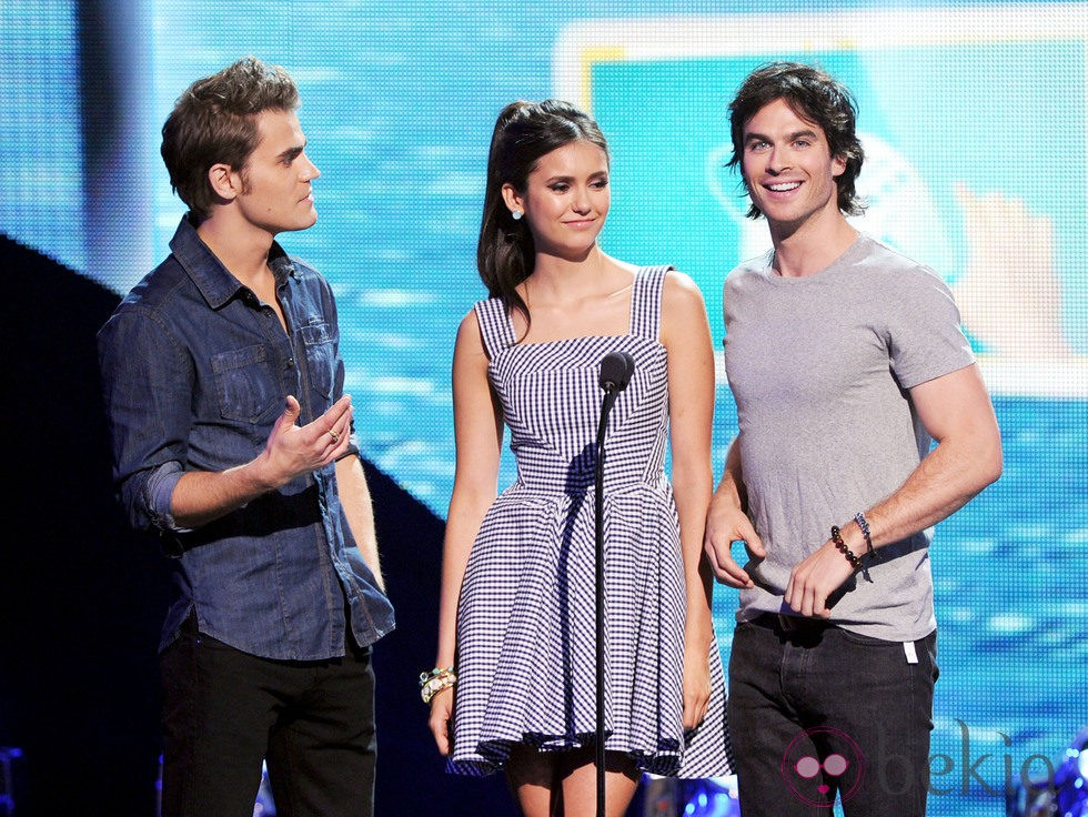 Paul Wesley, Nina Dobrev e Ian Somerhalder en los Teen Choice Awards 2011
