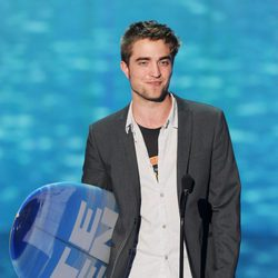 Robert Pattinson premiado en los Teen Choice Awards 2011