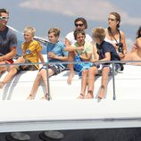 La Infanta Elena, el Duque de Palma, María Zurita y los nietos de los Reyes en las regatas 2011