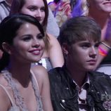 Justin Bieber y Selena Gomez en los Teen Choice Awards 2011