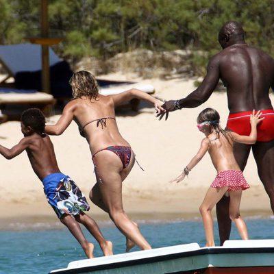 Heidi Klum y Seal se lanzan al agua con sus hijos en Porto Cervo