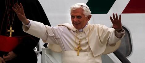 Benedicto XVI aterriza en Madrid para la JMJ 2011
