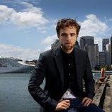 Robert Pattinson con pose interesante en una sesión de fotos en Sidney