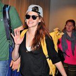 Kristen Stewart llega al aeropuerto de Tokyo