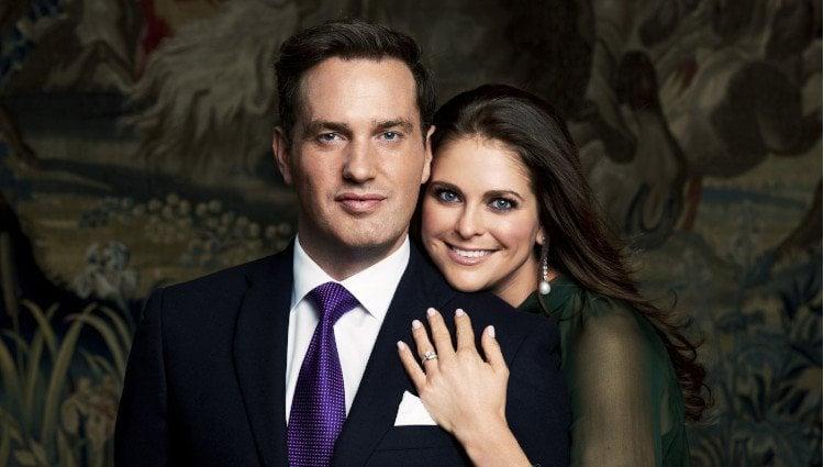 Retrato oficial del compromiso de la Princesa Magdalena de Suecia y Chris O'Neill