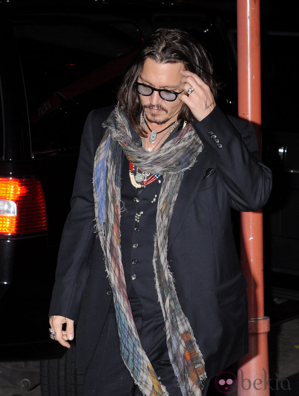 Johnny Depp en el 50 cumpleaños de David Furnish