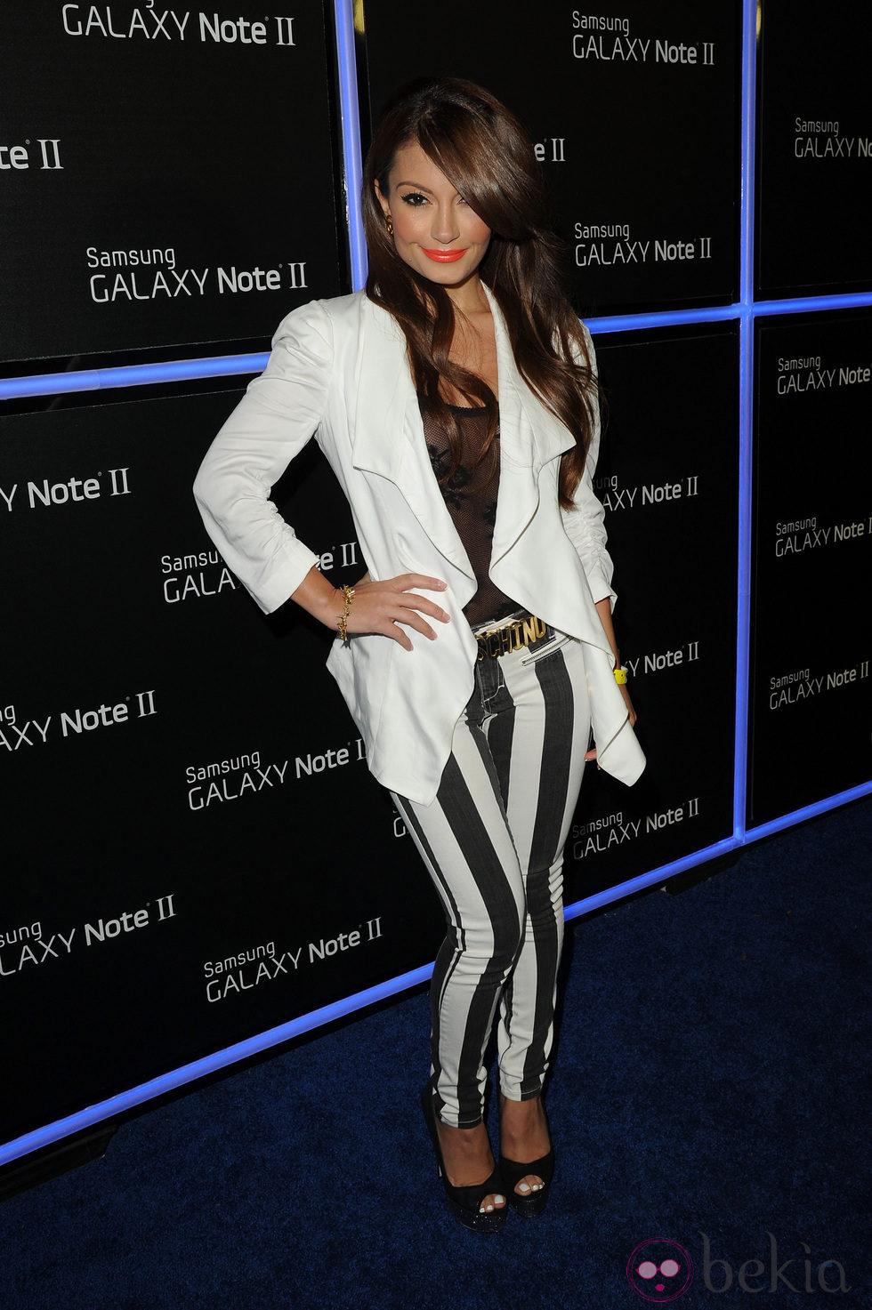 Layla Kayleigh en la fiesta de lanzamiento del Samsung Galaxy Note II
