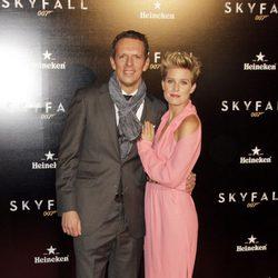 Tania Llasera y Joaquín Prat en el estreno de 'Skyfall' en Madrid