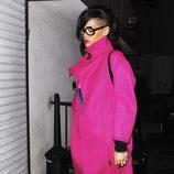 Rihanna luce nuevo corte de pelo y extraño look