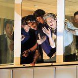 One Direction saludando desde el plató de 'El hormiguero'